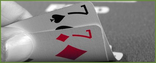 Comment jouer les moyennes paires au poker strat gie et for Comment jouer au domino astuces
